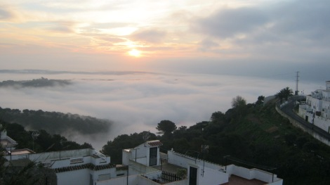 vejer de la frontera, weather, a word a week, weekly photo challenge, cadiz, costa de la luz, sunrise, misty, mist, morning,