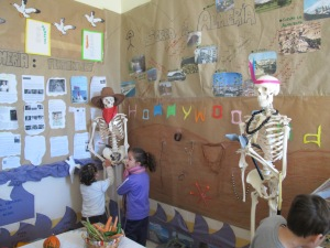 Almeria skeletons kids