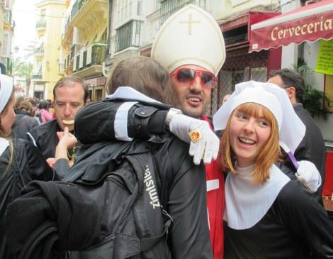 bishops, nuns, chruch, catholic, Carnaval, Cadiz, Carnaval de Cadiz, family