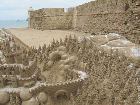 beach, Playa la Caleta, sand sculpture, Carnaval, Cadiz, Carnaval de Cadiz, family