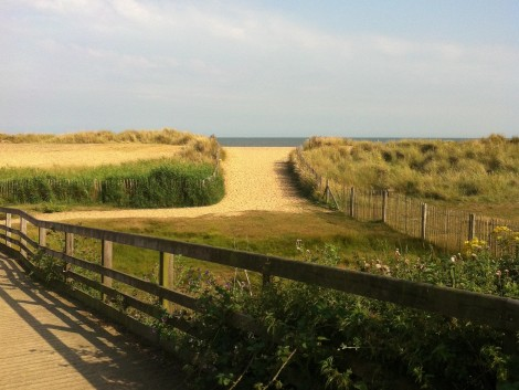 Walberswick: over the dunes to the beach.