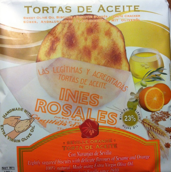 The new foil packaging, used for the new flavours which are exported abroad, gives the tortas a longer shelf life, protecting them from damaging bright light.