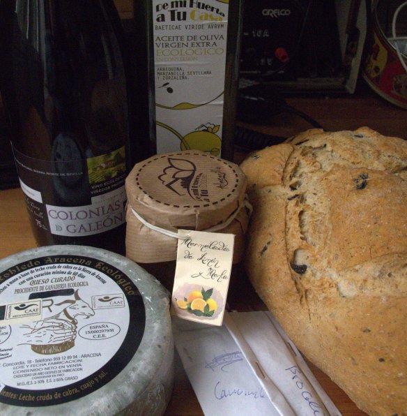 organic wine, organic bread, organic cheese, Gines, Aljarafe, organic market
